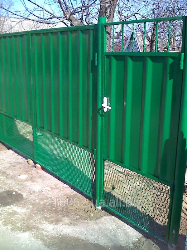 Заказать Ворота и заборы из листа 0.8-1 мм с имитацией профнастила.