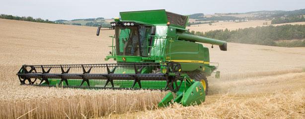 Заказать Услуги по уборке урожая комбайнами по всей территории Украины