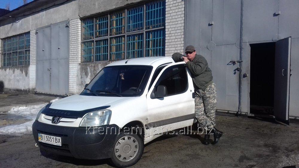 Заказать Экстренный выезд ремонтной бригады к месту поломки автомобиля.