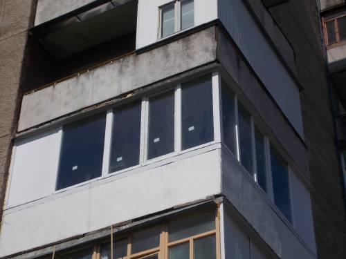 Заказать Металопластиковий балкон кутовий