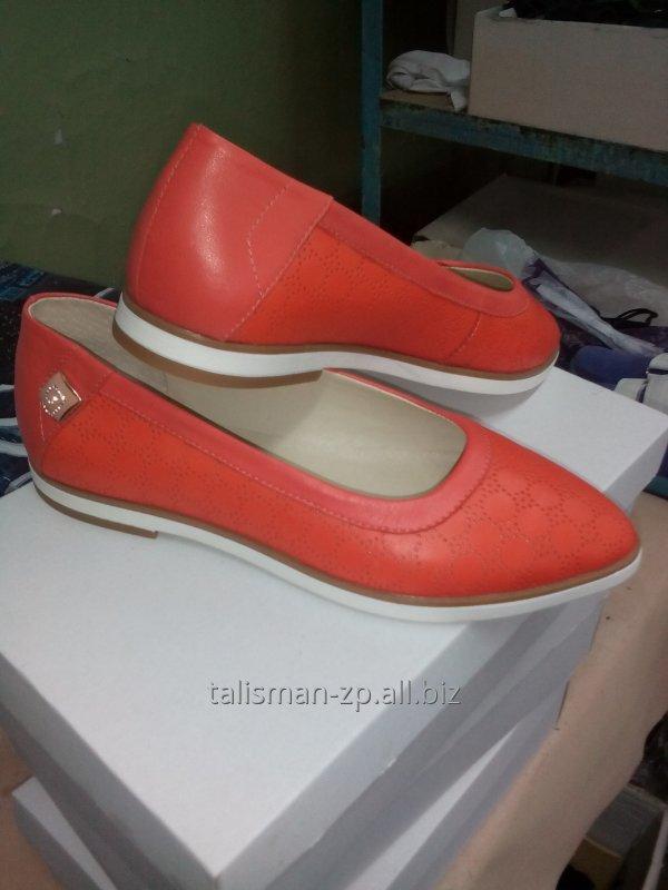 Заказать Изготовление обуви из натуральной кожи по индивидуальным заказам.Ремонт обуви любой сложности.