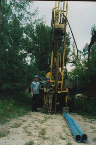 Заказать Услуги по бурению и ремонту скважин, рытью колодцев