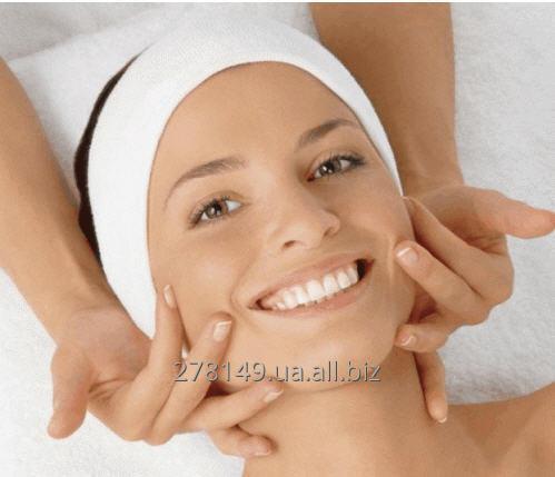 Заказать Услуги опытного врача-косметолога, недорого косметологические услуги