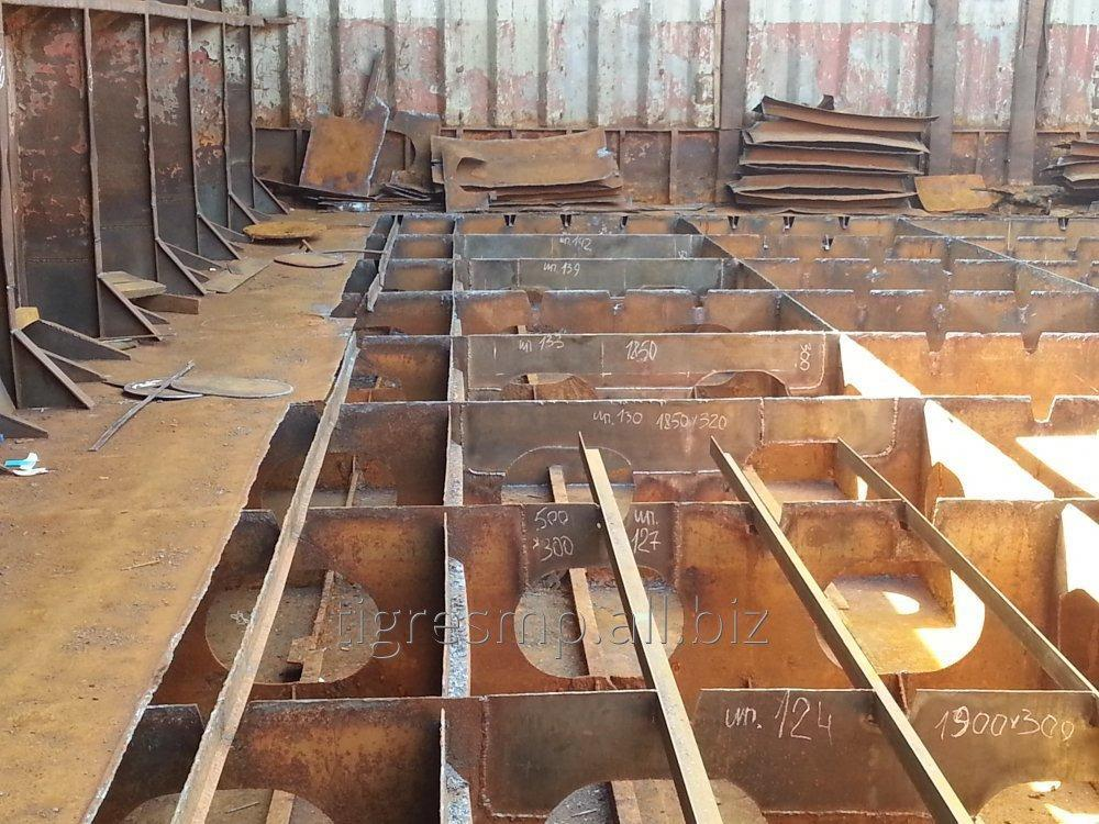 Order Repair and replacement of a metalwork of the case of the vessel