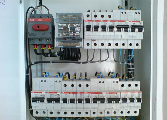 Заказать  Электромонтажные и электроустановочные работы