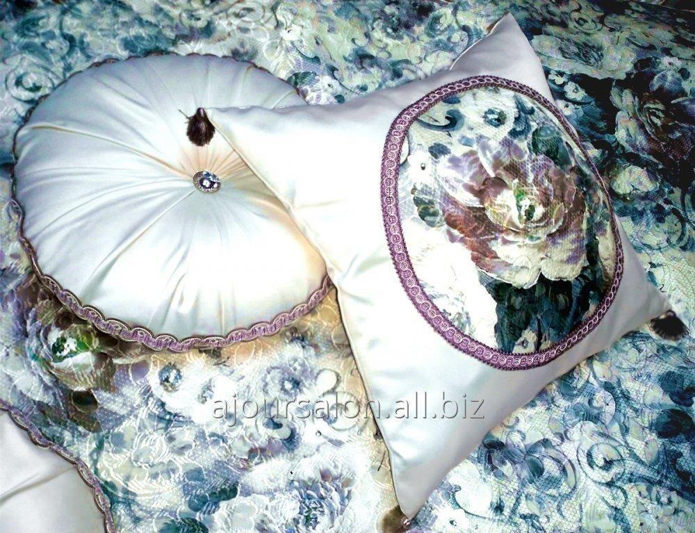 Заказать Покривала, декоративні подушки для спальні