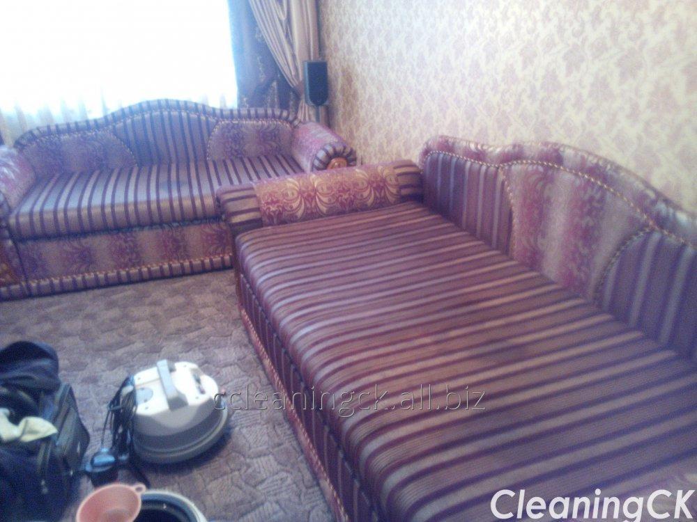 Заказать Химчистка диванов и кресел в Черкассах