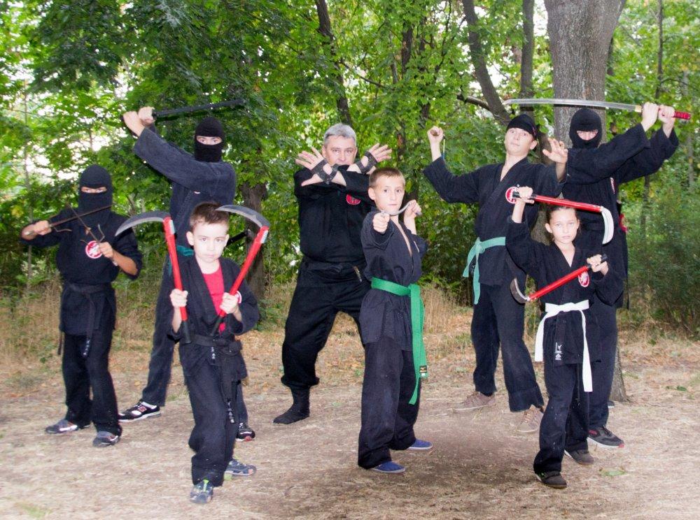 Заказать Лицензионные тренировки по японскому боевому искусству ниндзюцу