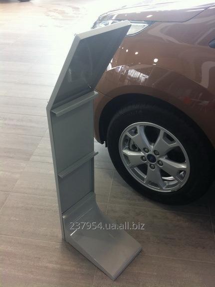 Заказать Изготовление торгового оборудования для автомобильных салонов