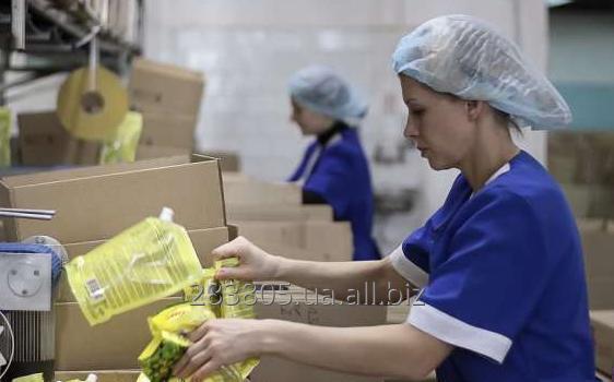 Заказать Требуется разнорабочий на упаковку продуктов в Польшу. Работа за границей.