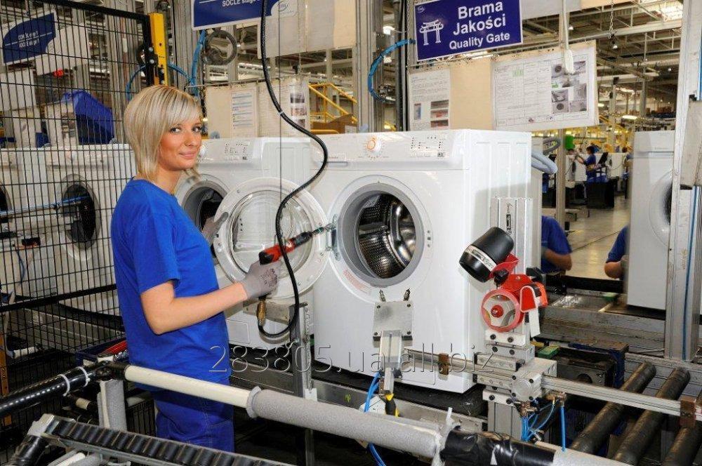Заказать Разнорабочий на завод Электролюкс в Польшу. Работа за границей.