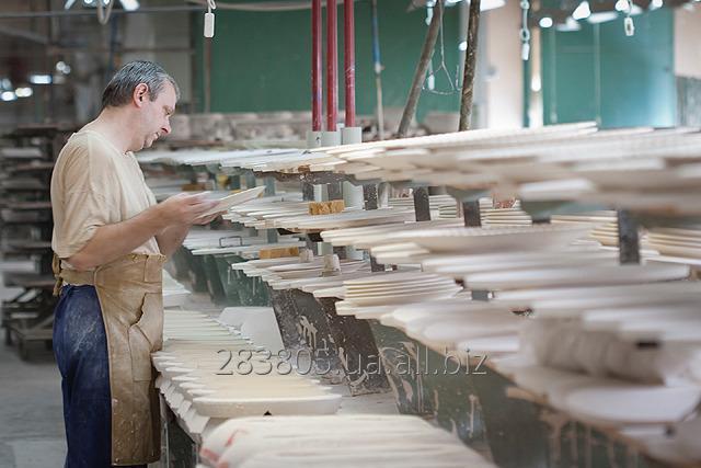 Заказать Рабочий на фарфоровый завод в Чехии. Работа за границей.