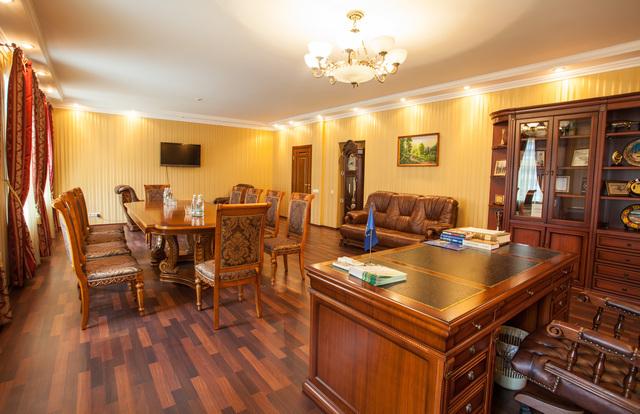 Заказать Аренда конференц-зала (переговорной) в центре Киева