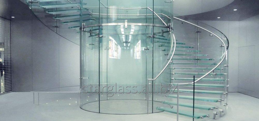 Заказать Изготовление стеклянных лестниц в комплексе