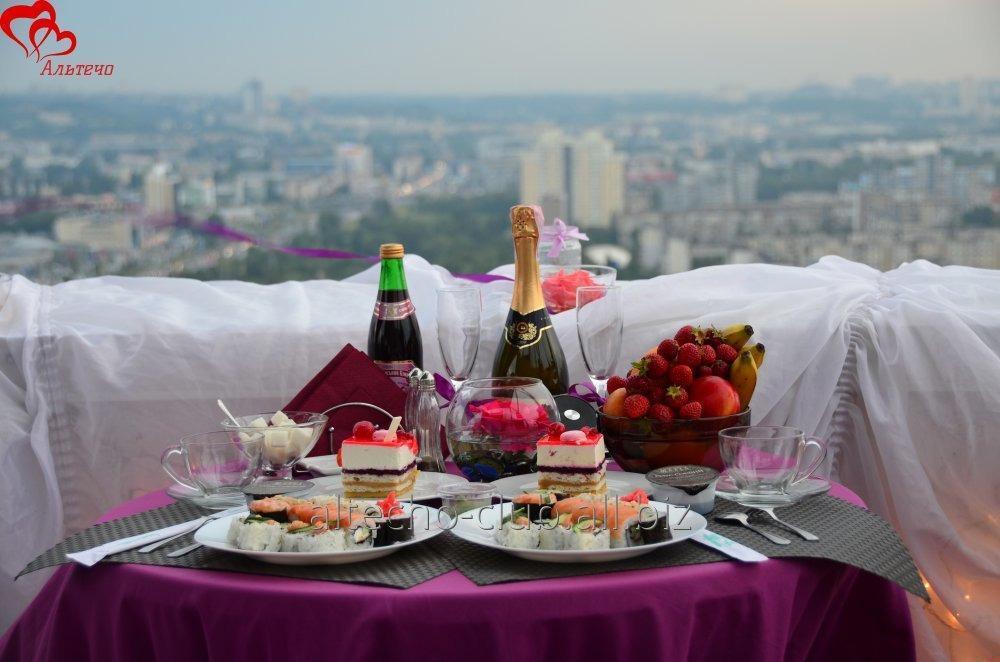 Заказать Свидание на крыше небоскреба, Киев