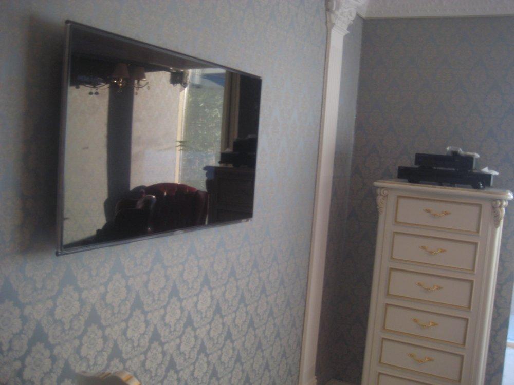 Заказать Обивка(драпировка)стен и потолков тканью стеновые панели