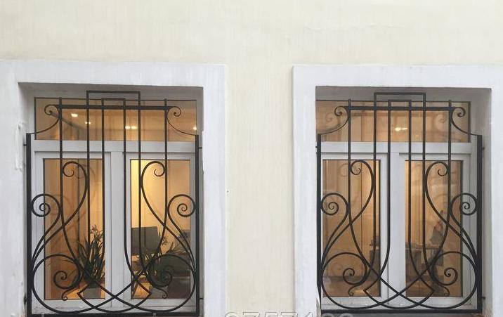 Заказать Изготовление и установка решеток на окна и балконы из металла, кованых решеток, вазонов для цветов под заказ