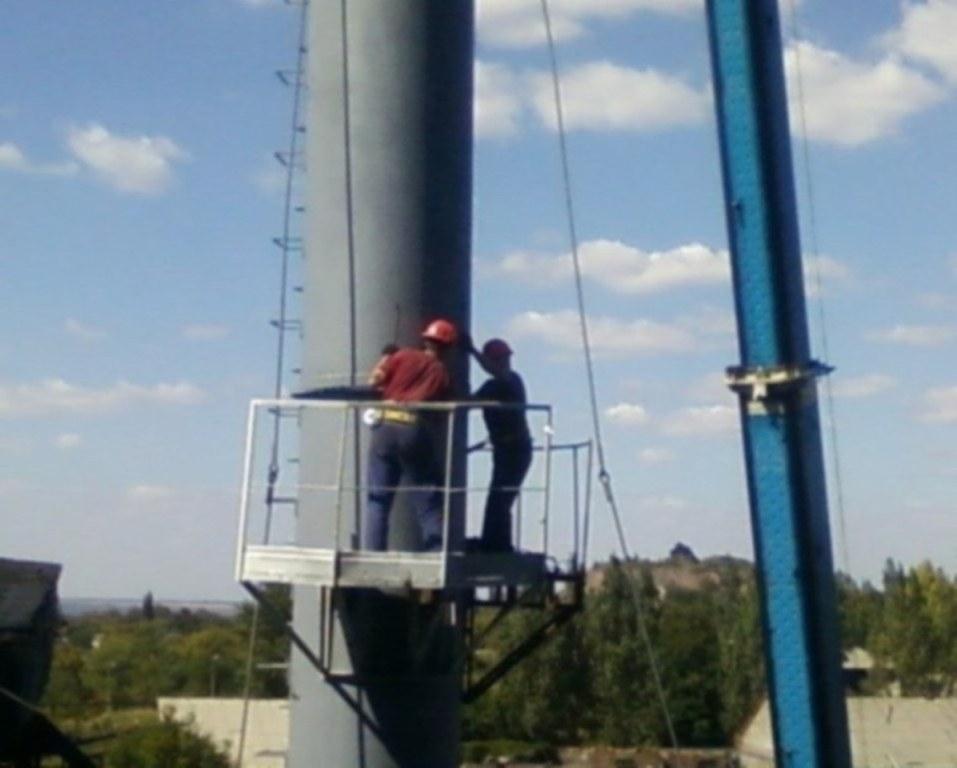 Заказать Монтаж дымовой трубы высотой 46 метров , диаметром 1220 мм. Главное для успешного монтажа дымовой трубы Н=46 м