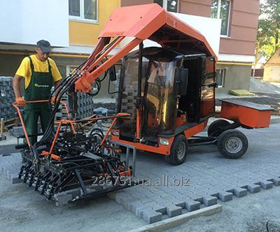 Заказать Механизированная укладка тротуарной плитки