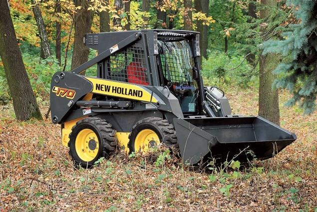 Заказать Мини-погрузчик New Holland L170