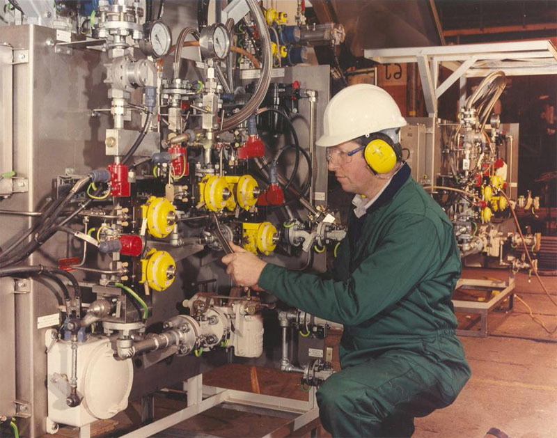 Заказать Ремонт технологического оборудования нефтехимической промышленности