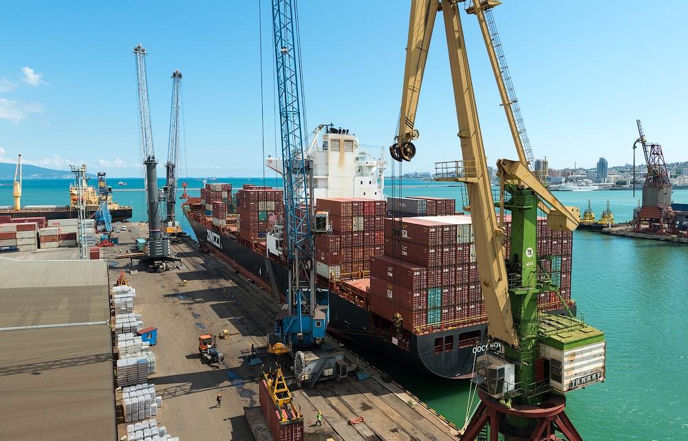 Погрузочно-разгрузочные работы в портах