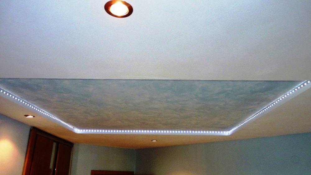 Монтаж систем світлодіодного освітлення