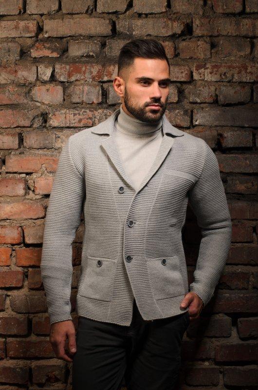 Заказать Изготовление вязаного мужского свитера под вашим брендом