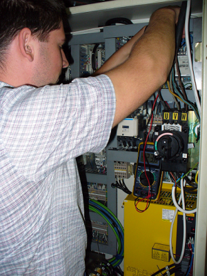 Заказать Ремонт и модернизация оборудования