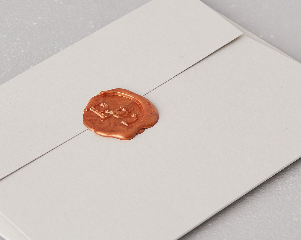 Изготовление конвертов с сургучной печатью