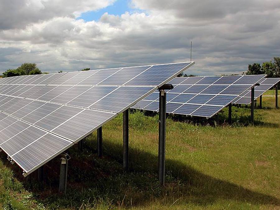 Заказать Строительство промышленных солнечных электростанций (СЭС).