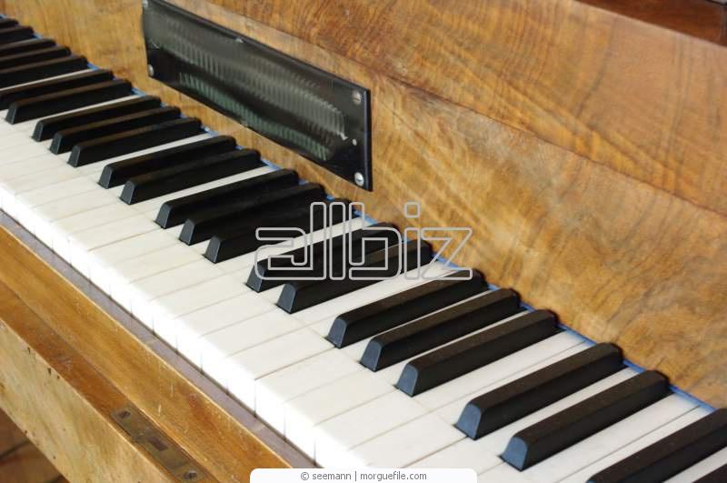 Заказать Перевозка пианино и роялей