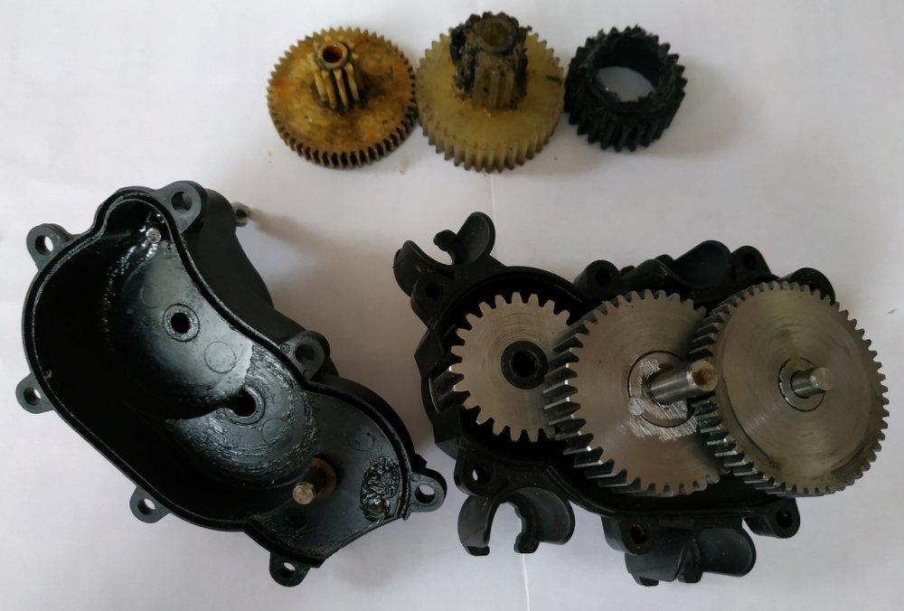 Заказать Ремонт редукторов различных устройств (изготовление зубчатых колес)