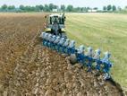Услуги по обработке земли: вспашка