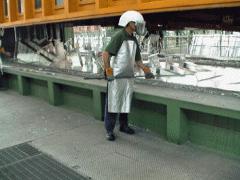 Обработка горячим цинком.