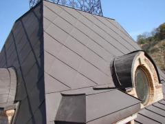 Roofs from galvanized colored iron