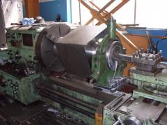 Токарные работы на ДИП-400 станина 4 метра, до 5 тонн.