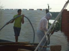 Waterproofing of cement tanks putting polyurethane