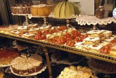 Cakes, eclairs, puffs, cakes, croissants, cakes to