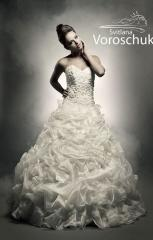 Having sewed to order exclusive wedding dresses