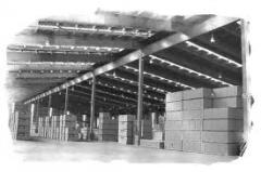 Services of warehousing and storage of loads on