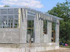 Construction from easy steel structures
