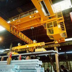 Training of operators of automobile cranes (Crane