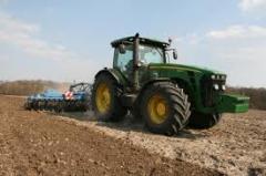 Обработка земли,  услуги по обработке земли.