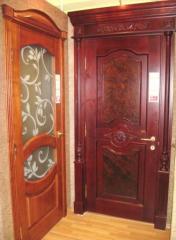 Изготовление межкомнатных дверей из массива дерева в Мелитополе