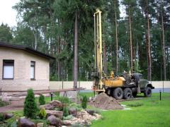 Бурение и ремонт скважин, рытье колодцев