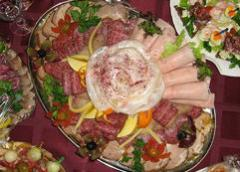 Catering services of tourists: holidays