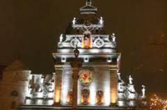 Освещение архитектурных объектов, памятников,