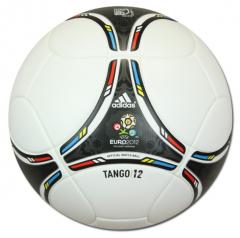 REPAIR OF THE TANGO 12 BALLS