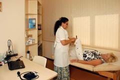 Гирудотерапия (лечение пиявками), Харьков. Постановка 1-й пиявки (количество зависит от характера заболевания)